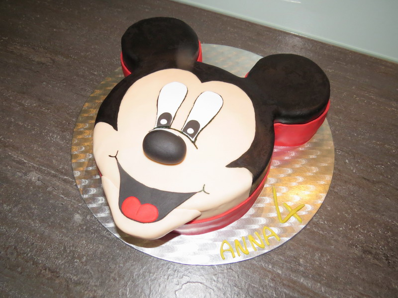 mickey mouse torte selber machen raum und m beldesign inspiration. Black Bedroom Furniture Sets. Home Design Ideas