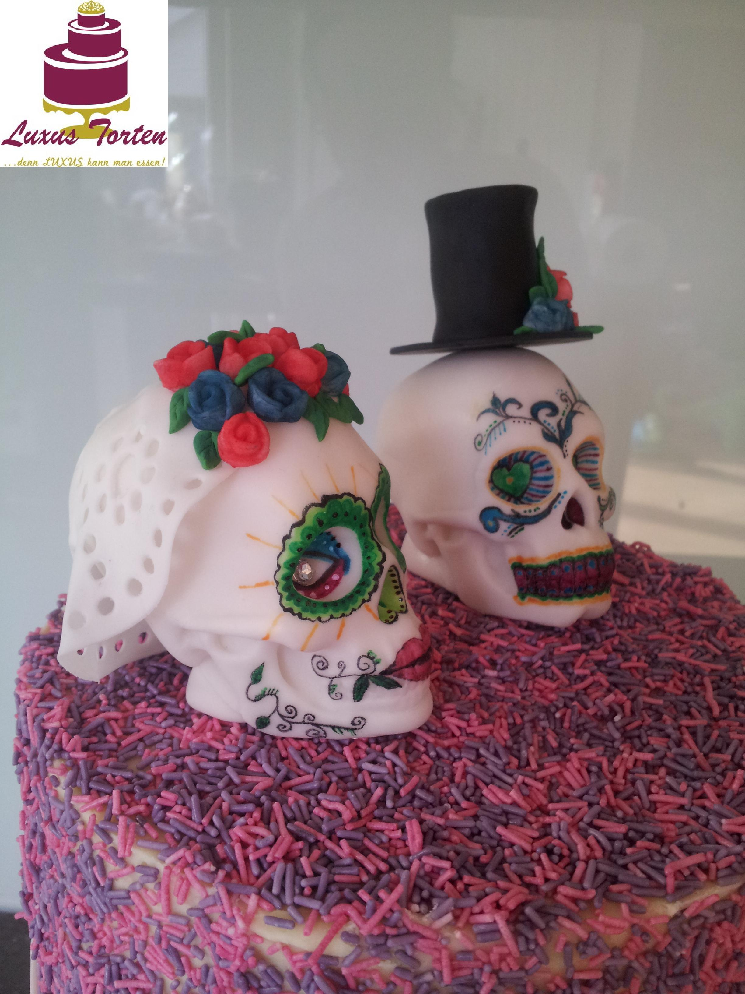 Hochzeitstorte Totenkopfe Luxus Torten